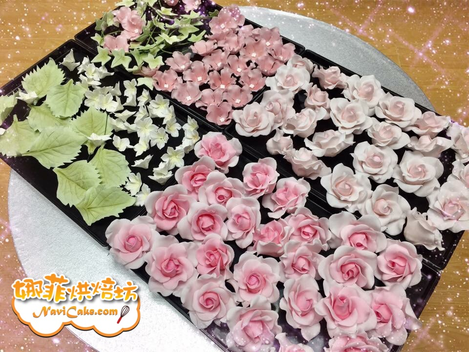 That's beautiful cake flowers!