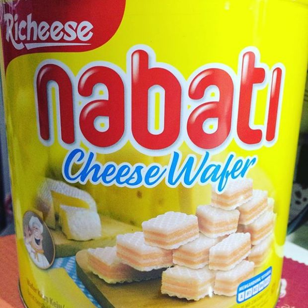 My favorite cheese wafer.