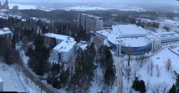 It's snowing Kazan.